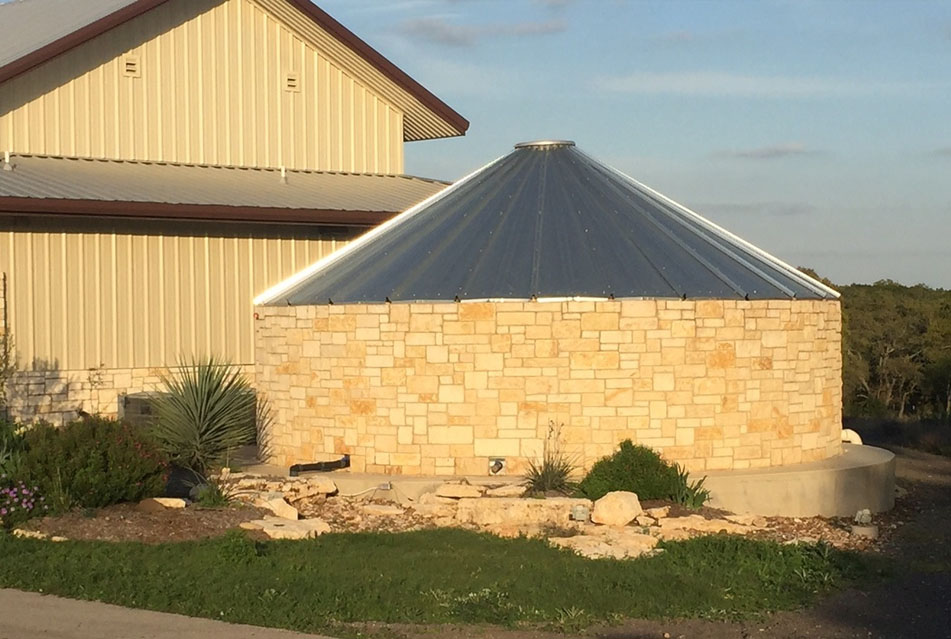 About Pinnacle Water Tanks